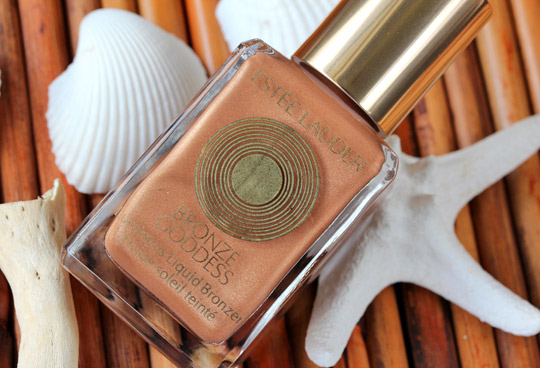 estee-lauder-bronze-goddess-capri-luminous-liquid-bronzer