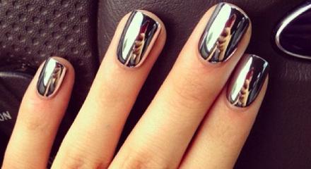 manucure-effet-miroir-metallic-nails-12