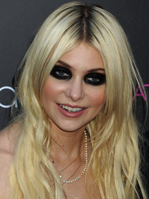 taylor-momsen-maquillage-yeux