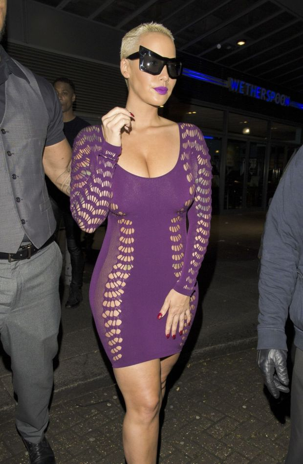 amber-rose-at-wonderworld-club-in-milton-keynes-april-2015_1