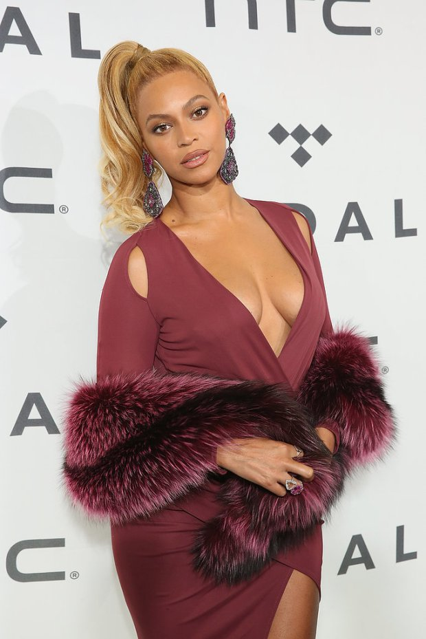Beyonce-Tidal-Concert-NYC-October-2015