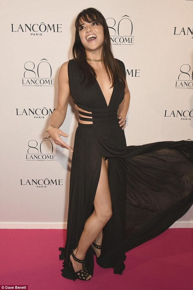michelle-rodriguez-alaia-sandals-lancome-party-july-2015