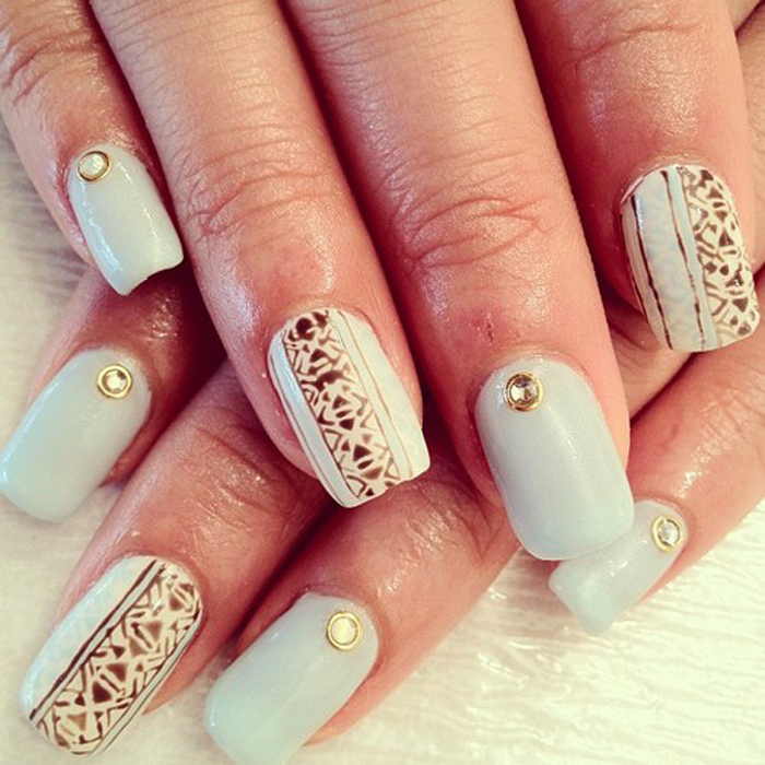 acrylic-nail-trends-winter-2016 – Behind the mirror